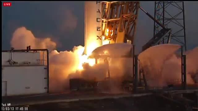 News video: SpaceX launches satellite